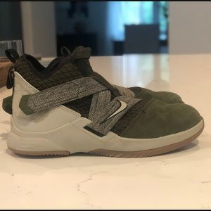 LeBron Soldier basketball shoes Size 3Y